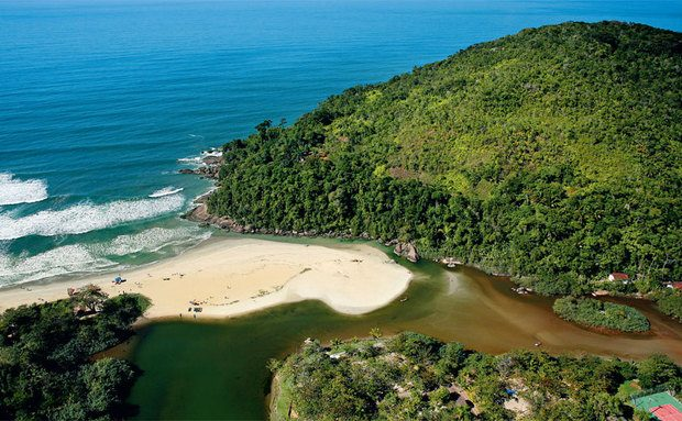 Já sabe onde ficar em Itamambuca?