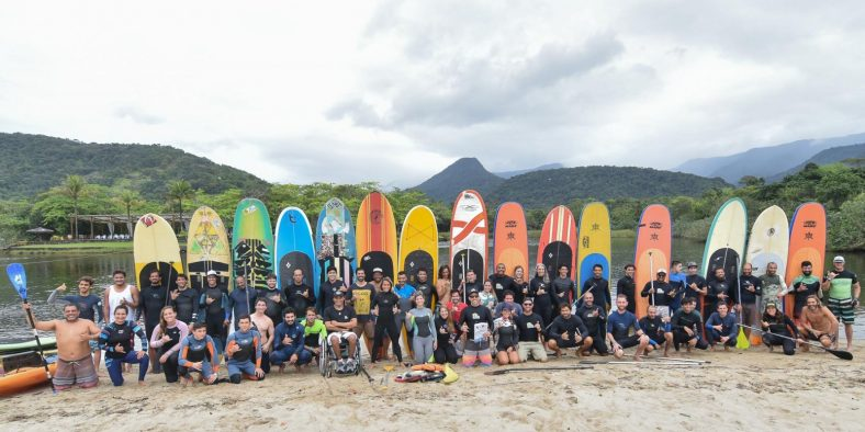 Instrutores de Surf e SUP certificam-se com Ibrasurf, ISA e Sobrasa.