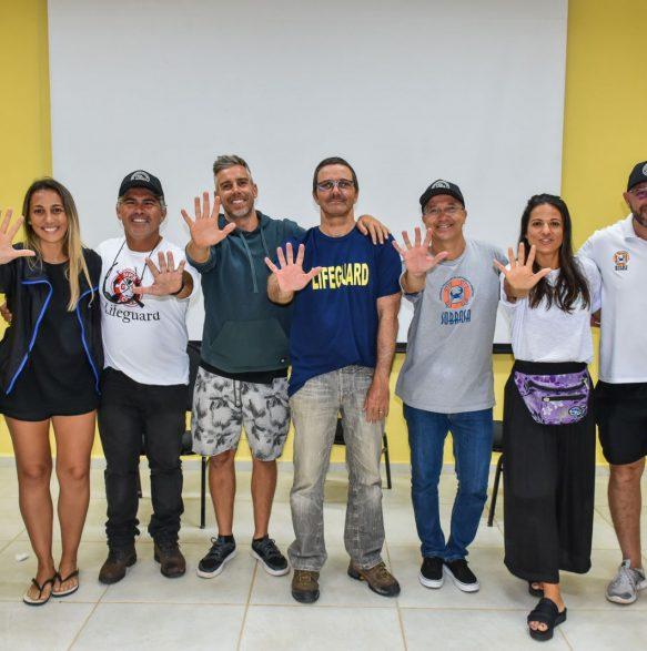 Equipe Ibrasurf + Sobrasa - Foto: Henrique Tricca