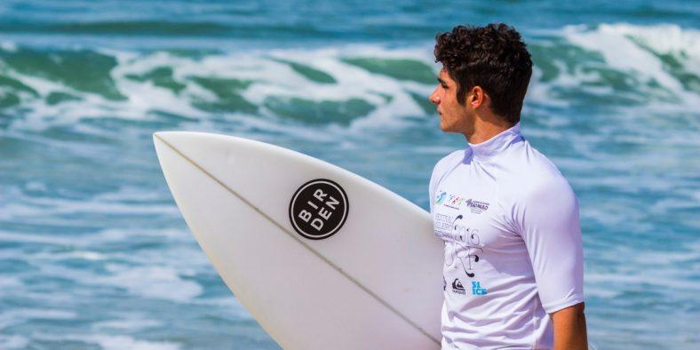 Líder da categoria paulistana, Yuri Aguiar quer encerrar a sua participação no Paulista Universitário de Surf com título no final de semana em Maresias